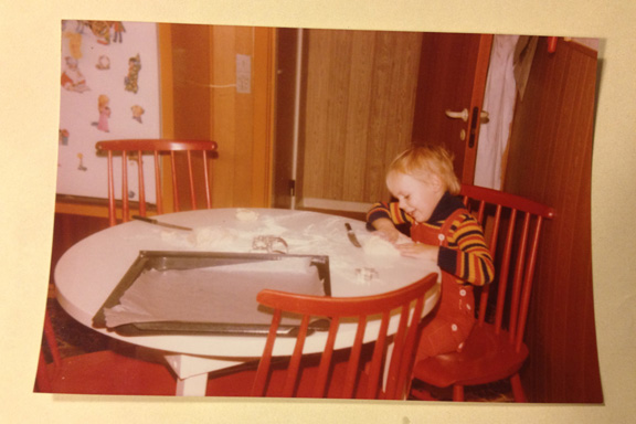 Bagedag hos min barnepige Oda, 1978. Fotograf: Oda