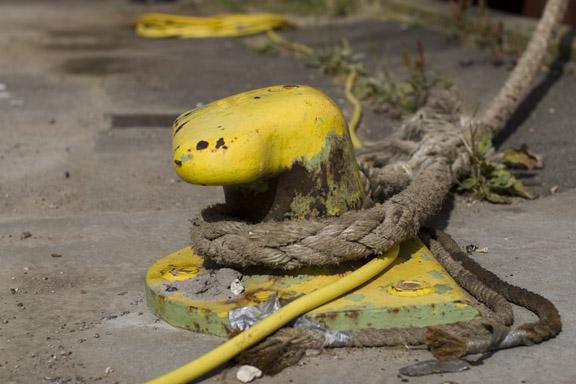 Kunsten at give slip - fortøjning på Faaborg Havn. Fotograf: Susanne Randers