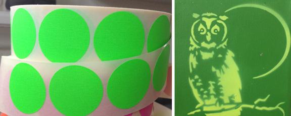 Grønne dots på rulle og grønt stencil uglemaleri. Fotograf: Susanne Randers