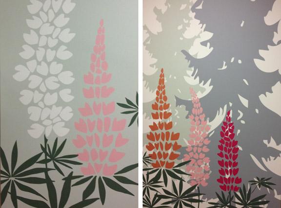 Smukke lupiner på væggen på opvågningsgangen på OUH. Fotograf: Susanne Randers