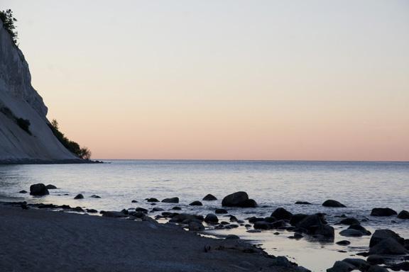 Møns klint - solnedgang over vandet. Fotograf: Susanne Randers