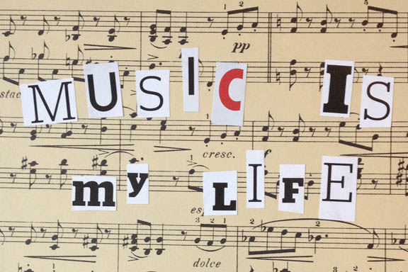 Music is my life. Collage for sjov lavet af Susanne Randers