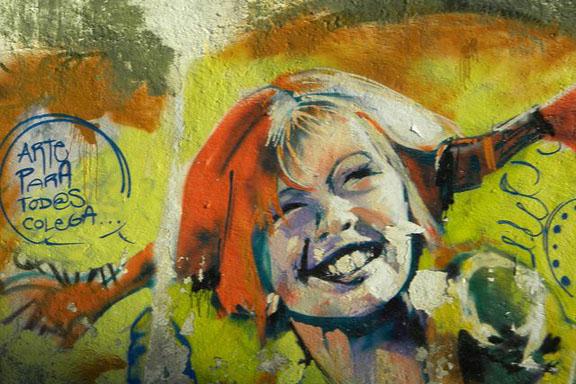 """""""Det har jeg ikke prøvet før, så det kan jeg godt"""" …var Pippi Langstrømpes livsfilosofi. Pippi Langstrømpe streetart. Hentet fra flickr.com photos. Copyright """"pili_stage"""" 6819158752"""