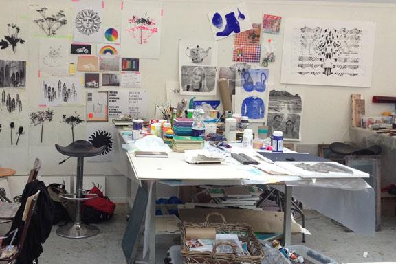 mitkrearum.dk kreativitet 107 kunsthøjskolen i holbæk fælles arbejdsbord ingerlise og susanne
