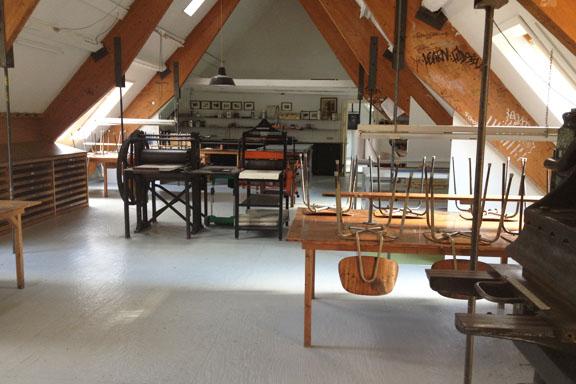 Grafikværkstedet på Kunsthøjskolen i Holbæk. Her kunne jeg godt gå kreativt amok i ugevis!! Fotograf: Susanne Randers