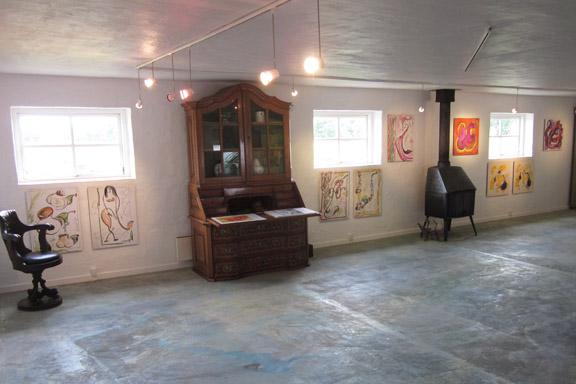 mitkrearum.dk kreativitet 112 galleri anne julie piber malerier og livskunst på læsø tavler ud mod vejen