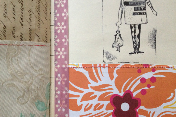 """Book af Scraps"" kreeret af Birthe Juel Lindhardt. Smashbook / art journal. Close up. Fotograf: Susanne Randers"