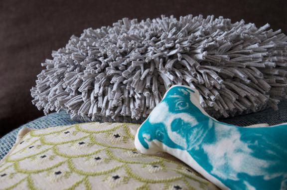 DIY rya chrochet pilow - kreeret af byblikfang.blogspot.dk