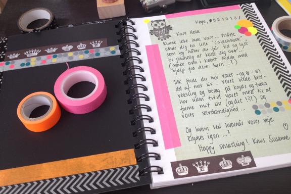 Smashbook udfyldt med et brev fra mig på den første side. Fotograf: Susanne Randers