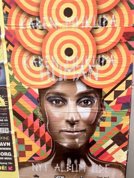 Karen Mukupa plakat - fotograferet ved Nørreport af Susanne Randers