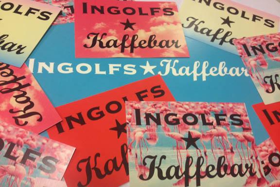Klistermærker fra INGOLFS Kaffebar. Fotograf: Susanne Randers