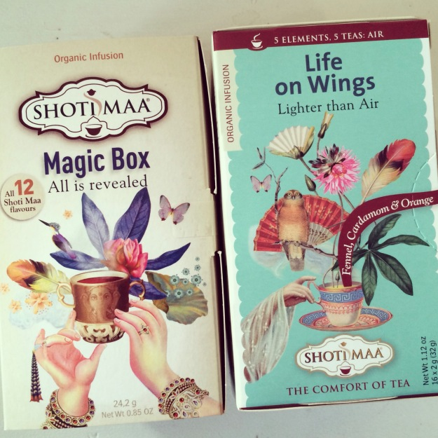 365 mood boards in 2014. Mood board #40: Organic teas from Shoti Maa. Magic Box & Life on Wings. Instagram filter Valencia. Photographer: Susanne Randers