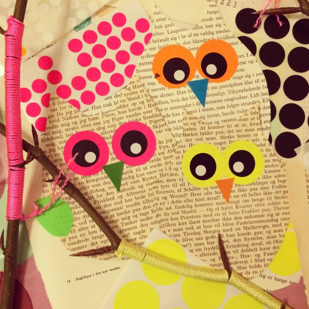 365 mood boards in 2014. Mood board #50: Owl templates for recycling workshop with old books. Instagram filter Valencia. Photographer: Susanne Randers
