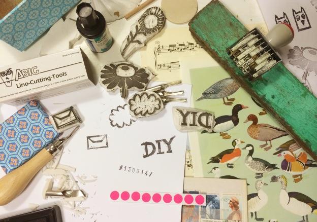 365 moodboards i 2014. Moodboard #72: DIY stempel til genbrugs krea poser. Smashup. Fotograf: Susanne Randers