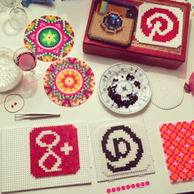365 mood boards in 2014. Mood board #86: Creative salon with hama beads. Smashup. Instagram filter Valencia. Photographer: Susanne Randers