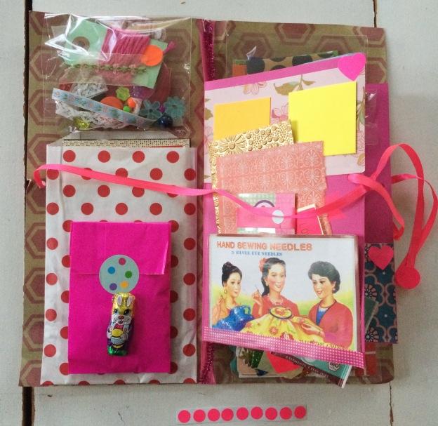 365 moodboards in 2014. Moodboard #112: Pink funky kitschy farveglæde fra IG @lenabjoernskov. Spred lidt farveglæde. Smashup. Fotograf: Susanne Randers