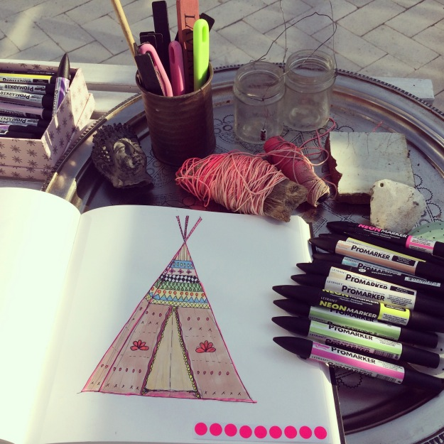 365 mood boards in 2014. Mood board #117: How simple can life be lived? Teepee drawing with promarkers. Instagram filter Valencia. Photographer: Susanne Randers