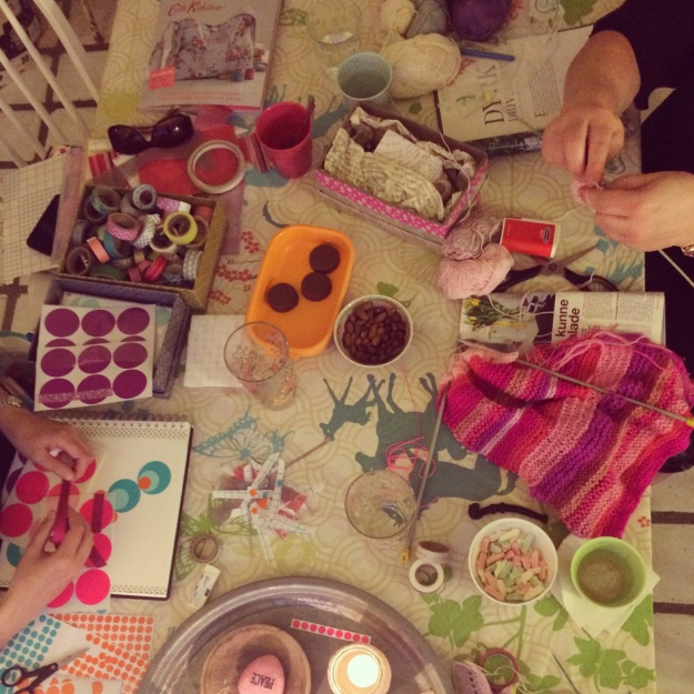 365 mood boards in 2014. Mood board #127: Glimpses from tonight's creative kitchen table. Instagram filter Valencia. Photographer: Susanne Randers