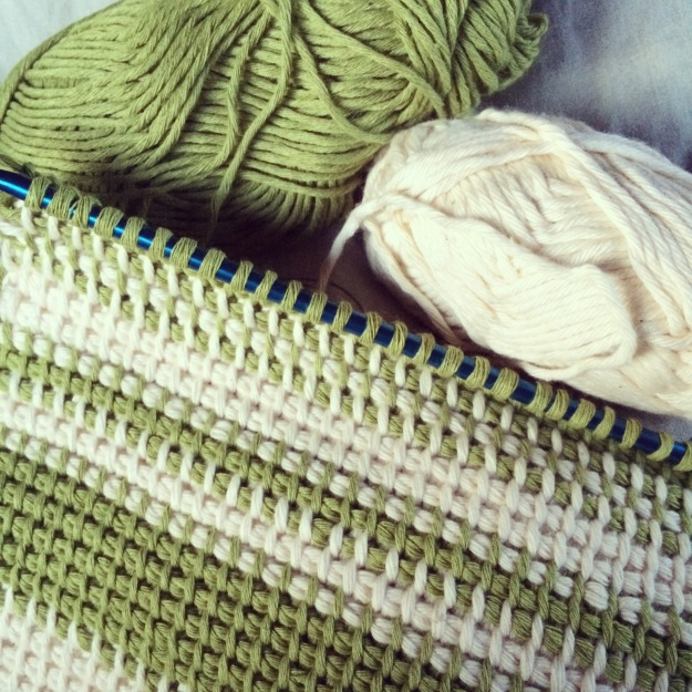 365 mood boards in 2014. Mood board #135: Tunisian crochet - white and green yarn stribes. Instagram filter Valencia. Photographer: Susanne Randers