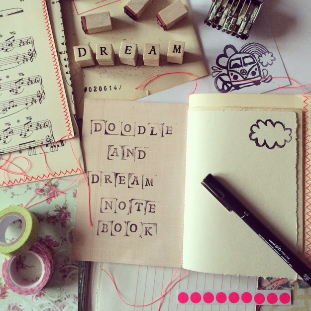"365 moodboards in 2014. Moodboard #153: Produktudvikling: ""Doodle and dream notebook"". Fotograf: Susanne Randers"